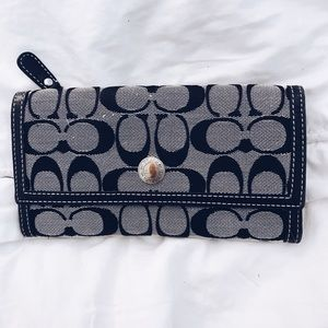 Coach wallet with imperfections